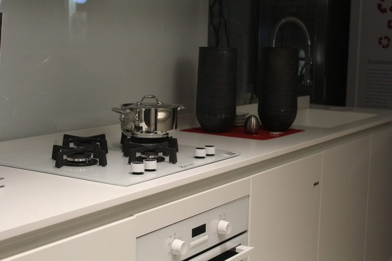 Top 6 Best Kitchen Hobs In India – Oct 2021 | Reviews